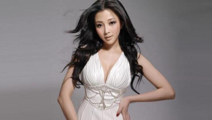 殷桃出演多部電視劇,多次獲獎贏得了觀眾的贊譽